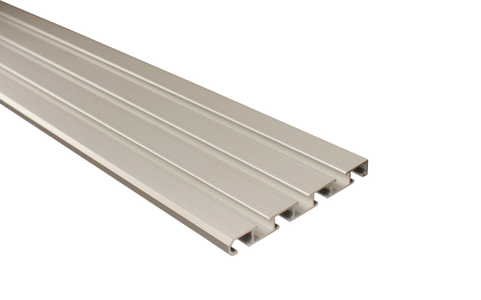 vorhangschiene 3 l ufig silber aus aluminium. Black Bedroom Furniture Sets. Home Design Ideas